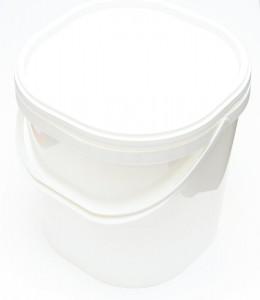 Nádoba pod medomet s víkem plast 11 litrů