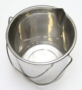 Nádoba s výlevkou vědro nerezové 13,5 litrů