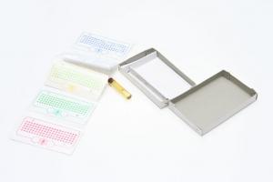 Opalitové značky s lepidlem SET v krabičce